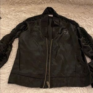 Worn once puma lightweight jacket